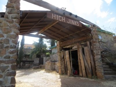 La Casa Del High Jinks image. Click for full size.