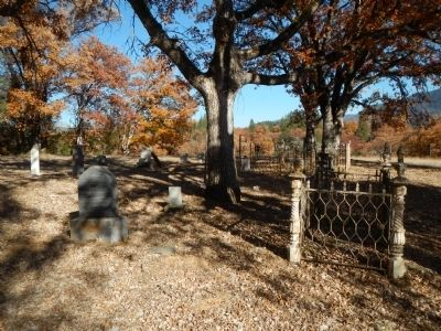 Kellogg Cemetery image. Click for full size.