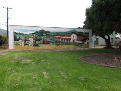 Lompoc's Mission Vieja Mural image. Click for full size.