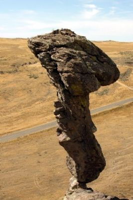 Balanced Rock image. Click for full size.