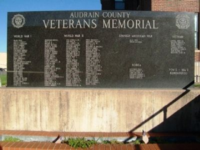 Audrain County Veterans Memorial image. Click for full size.