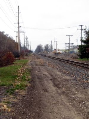 Railroad Tracks located near Marker image. Click for full size.