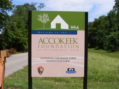 Welcome sign to the The National Colonial Farm image. Click for full size.