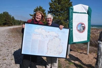 DRLPS President Ann Method Green presented a Michigan Lighthouse Map by Marge Ellenberger image. Click for full size.