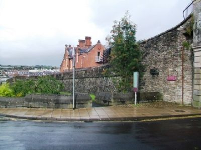 Bishop's Gate Marker and City Wall image. Click for full size.