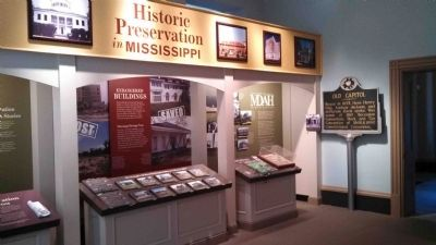 Old Capitol Marker & Historical Display image. Click for full size.