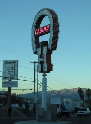 Benny Binion's Horseshoe on Las Vegas Blvd. image. Click for full size.