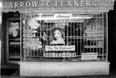 Arrow Cleaners image. Click for full size.