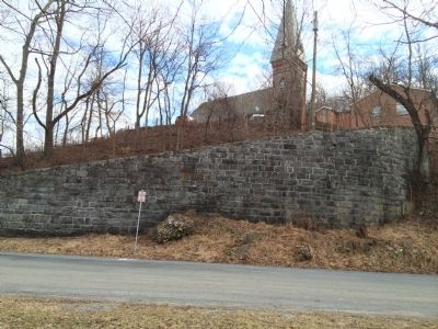Retaining Wall image. Click for full size.