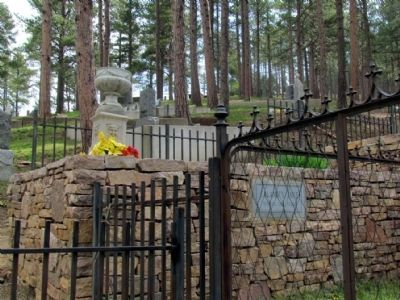 Burial Plot of Martha Jane Burke,<br>aka Calamity Jane image. Click for full size.
