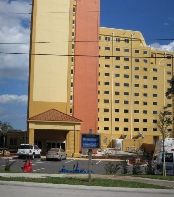 Victoria Landing Assisted Living Tower image. Click for full size.