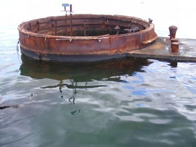 Oil Leaking from USS Arizona Gun Turret #3 image. Click for full size.
