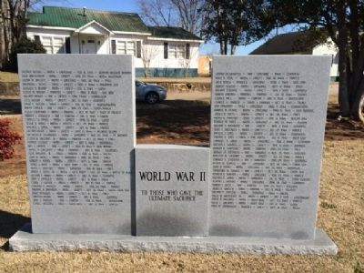 Langdale Veterans Memorial WWII image. Click for full size.