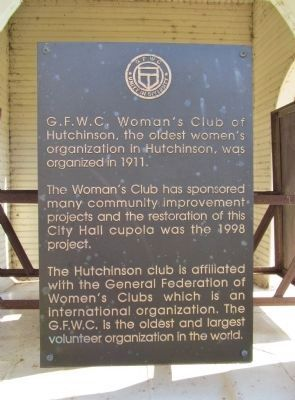 Woman's Club of Hutchinson image. Click for full size.