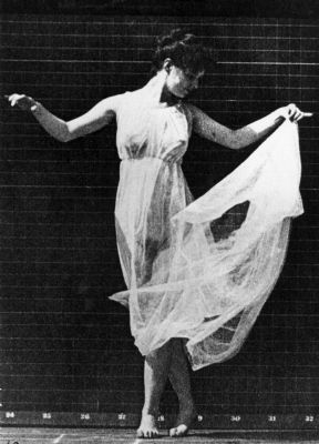 Isadora Duncan image. Click for full size.