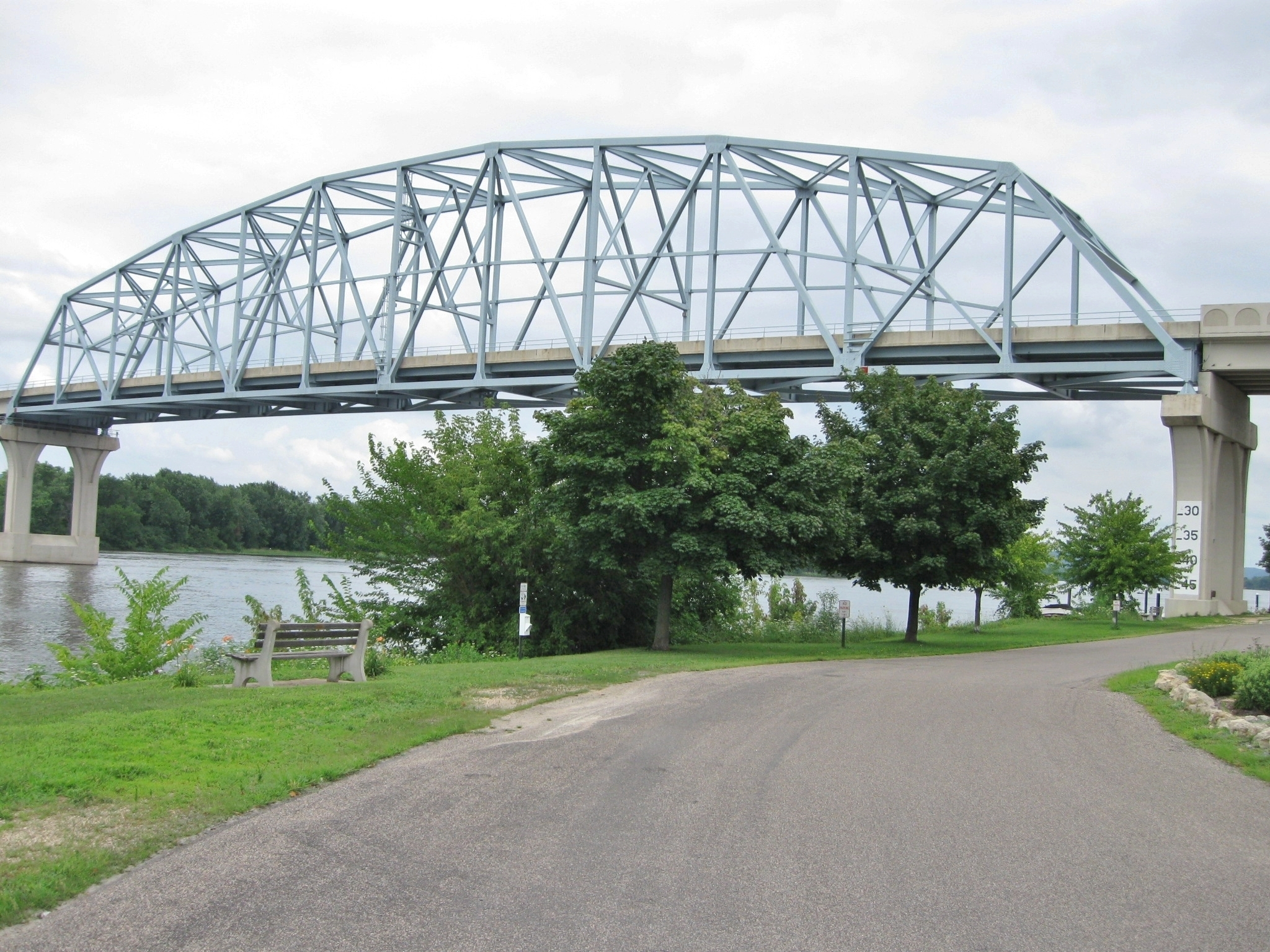 Main Span Truss Section