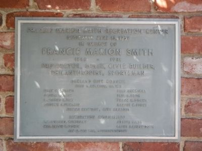 Francis Marion Smith Recreation Center dedication plaque image. Click for full size.