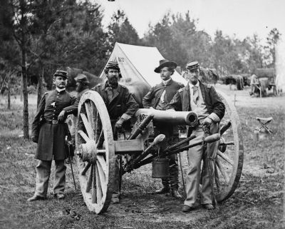 Union officers with 3-inch ordnance rifle image. Click for full size.