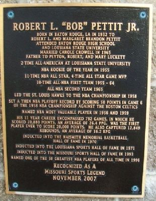 "Robert L. ""Bob"" Pettit Jr. Marker image. Click for full size."