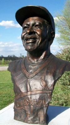"Bust of Osborne Earl ""Ozzie"" Smith image. Click for full size."