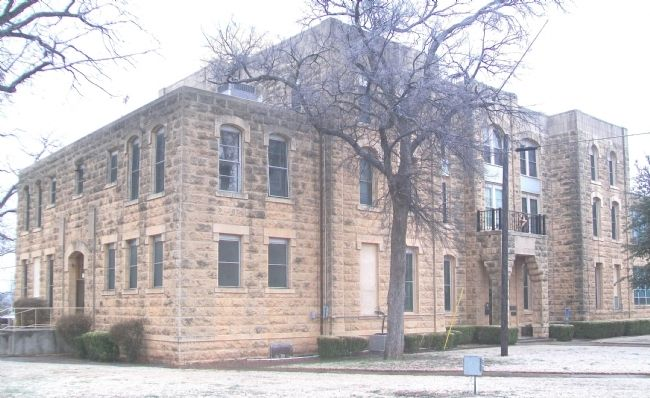 Runnels County Courthouse image. Click for full size.