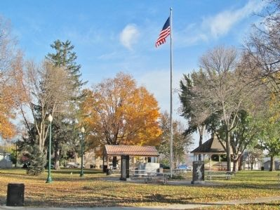 Waconia Veterans Memorial image. Click for full size.