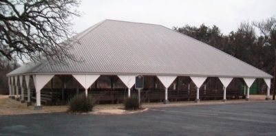 Morgan Mill Tabernacle and Marker image. Click for full size.