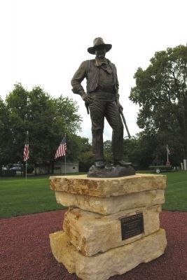 Madison County Statue of John Wayne image. Click for full size.
