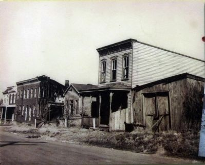 800 Block of Madison Street<br>1940s Photo image. Click for full size.
