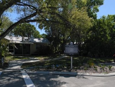 Wide view of the Archbold Biological Station at Red Hill Marker image. Click for full size.