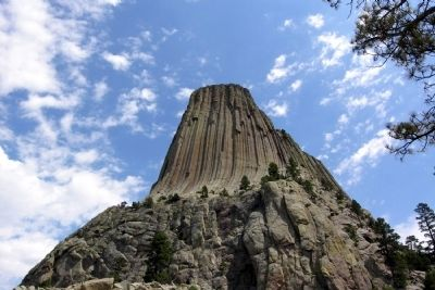 Southwest Face of Devils Tower image. Click for full size.