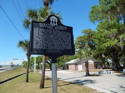 Downtown LaBelle Historic District Marker (<i>wide view</i>) image. Click for full size.