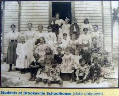 Students at Brookeville Schoolhouse <br>(date unknown) image. Click for full size.