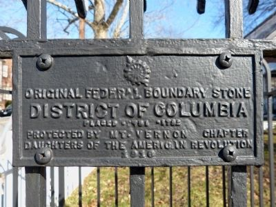 Original Federal Boundary Stone SW 1 Marker image. Click for full size.
