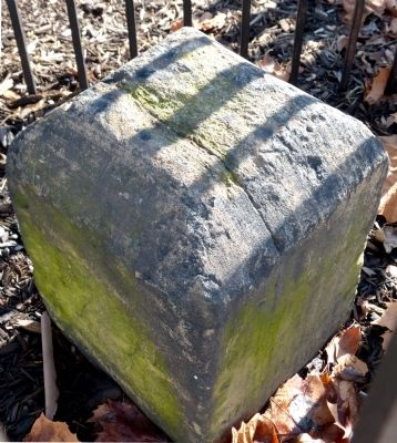 Original Federal Boundary Stone SW 1 image. Click for full size.