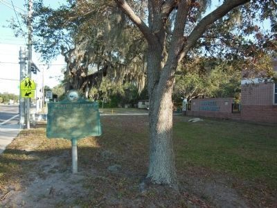 Manatee Academy Marker (<i>side 1 wide view</i>) image. Click for full size.