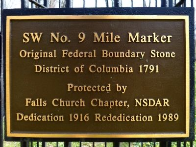 SW No. 9 Mile Marker image. Click for full size.