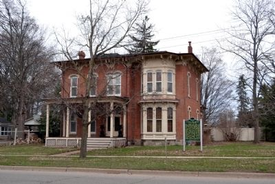 Leverett and Amanda Clapp House image. Click for full size.