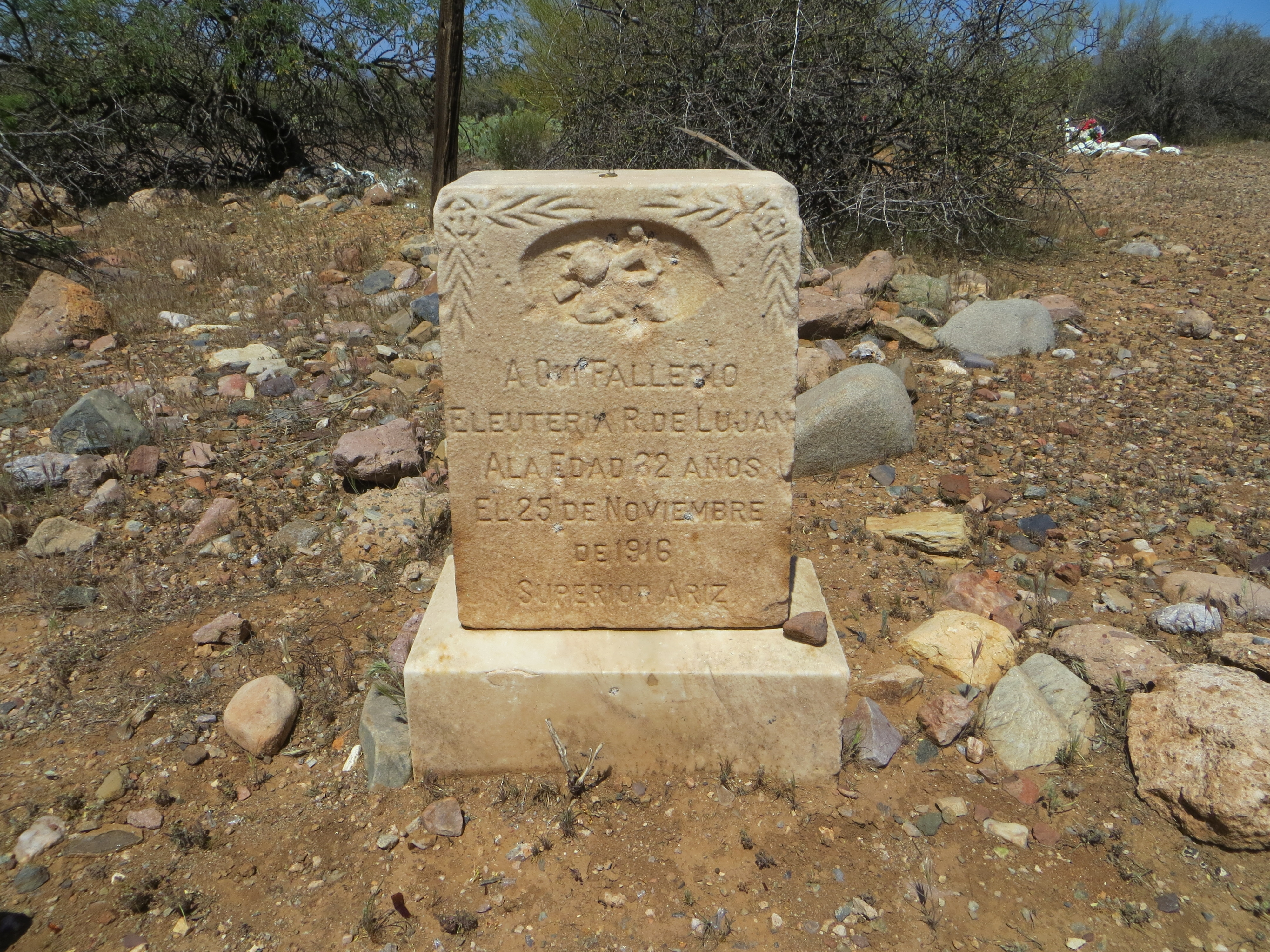 Grave at Historic Pinal Cemetery