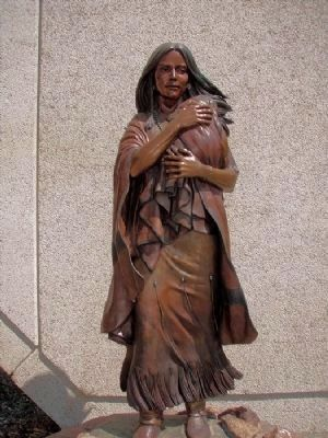 Sacajawea and Pomp Statue image. Click for full size.