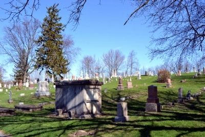 Syracuse Cemetery image. Click for full size.