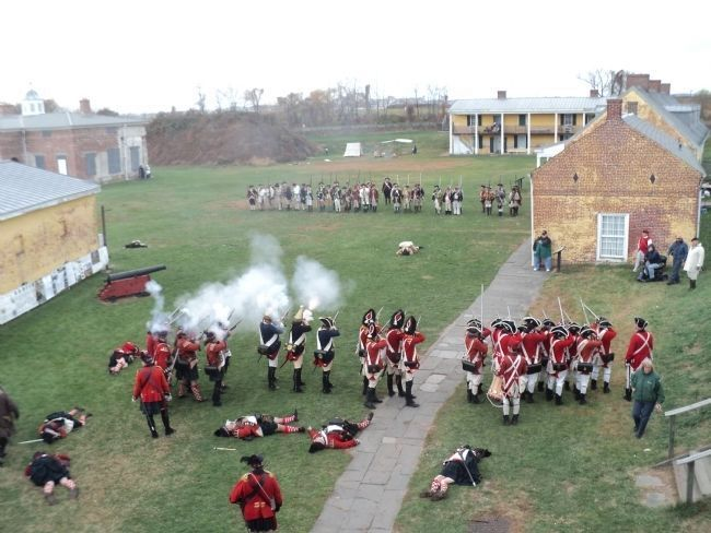 Siege of Fort Mifflin image. Click for full size.