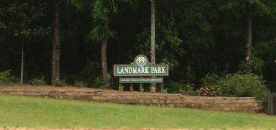 Landmark Park Entrance (Unpaved road) image. Click for full size.