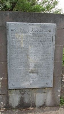 Pali Road Marker image. Click for full size.