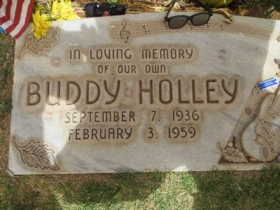 Charles Hardin Holley (Buddy Holly) Gravesite image. Click for full size.