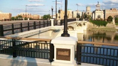 New High-Main Street Bridge and Marker image. Click for full size.