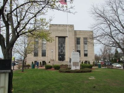 Northward View Kenmore - Tonawanda Municipal Building and Marker image. Click for full size.