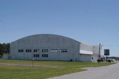 Perry Army Air Base Hangar image. Click for full size.