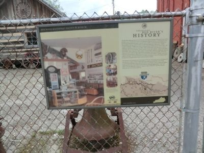 Collecting Red River's History Marker image. Click for full size.