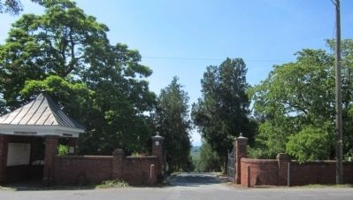 Old City Cemetery Gate image. Click for full size.